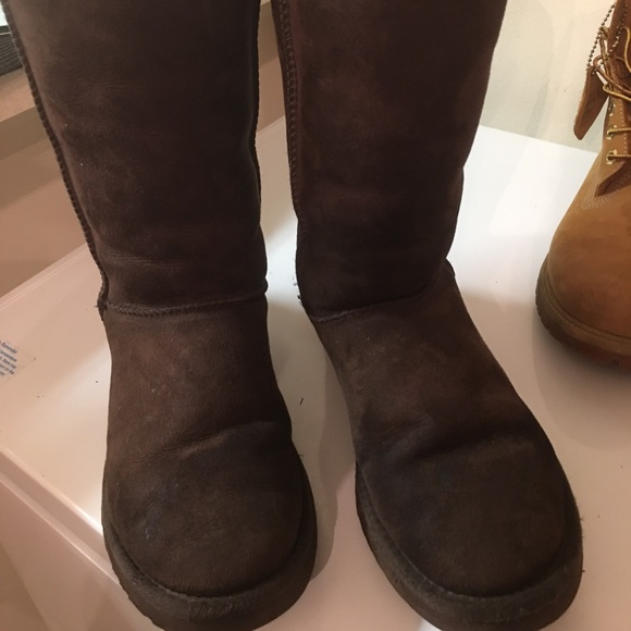 UGG Shoes - SOLD!!!!Real Ugg Boot Size 8